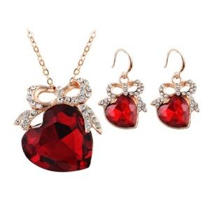 Jewelry - Rhinestone Heart Necklace and Earring Set